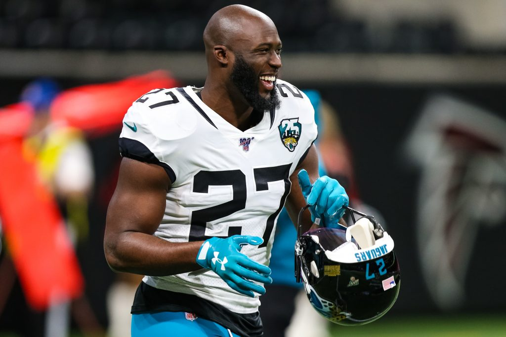 Leonard Fournette Signs with Buccaneers