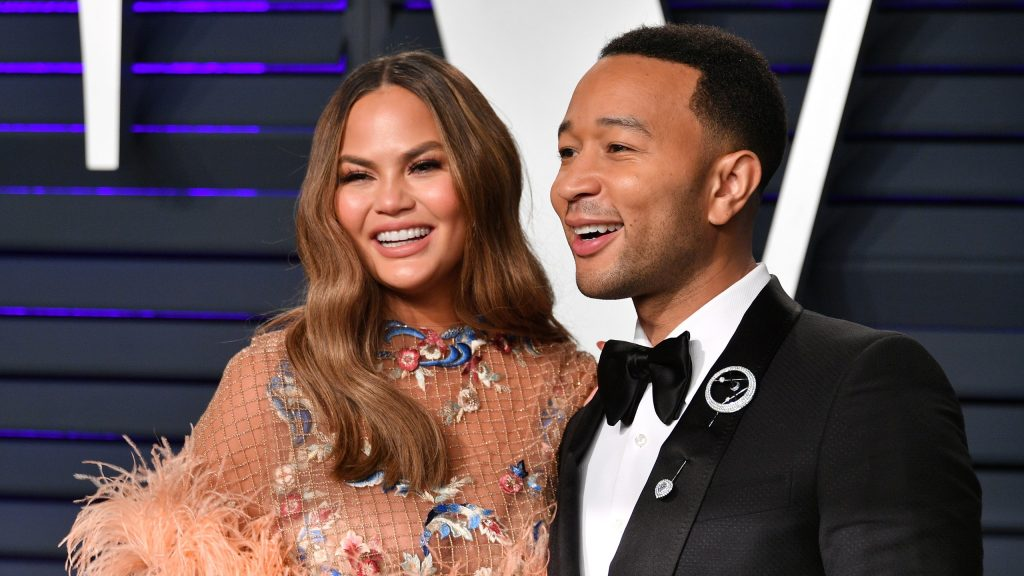 Chrissy Teigen Opened Up About Her Pregnancy Loss in a Heartbreaking Letter
